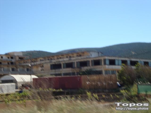 Εγκαταλελειμένο ξενοδοχείο